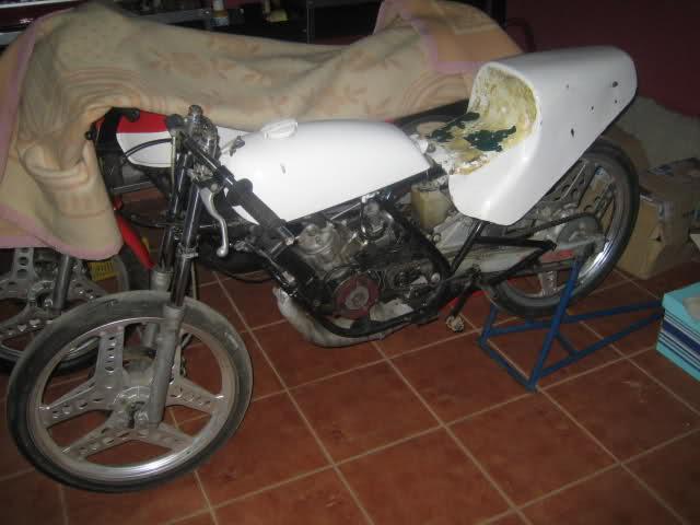 La Honda MBX de Crivillé Icpu0n