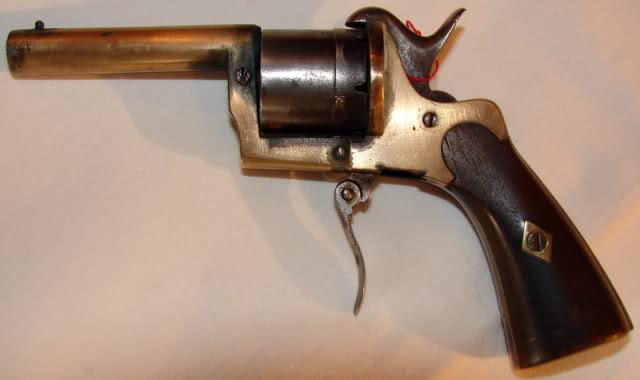 Les armes à feu au cours des siècles. Mjr98p