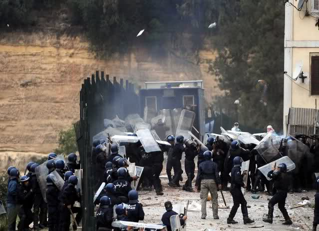 صور الشرطة الجزائرية............... 14312xl