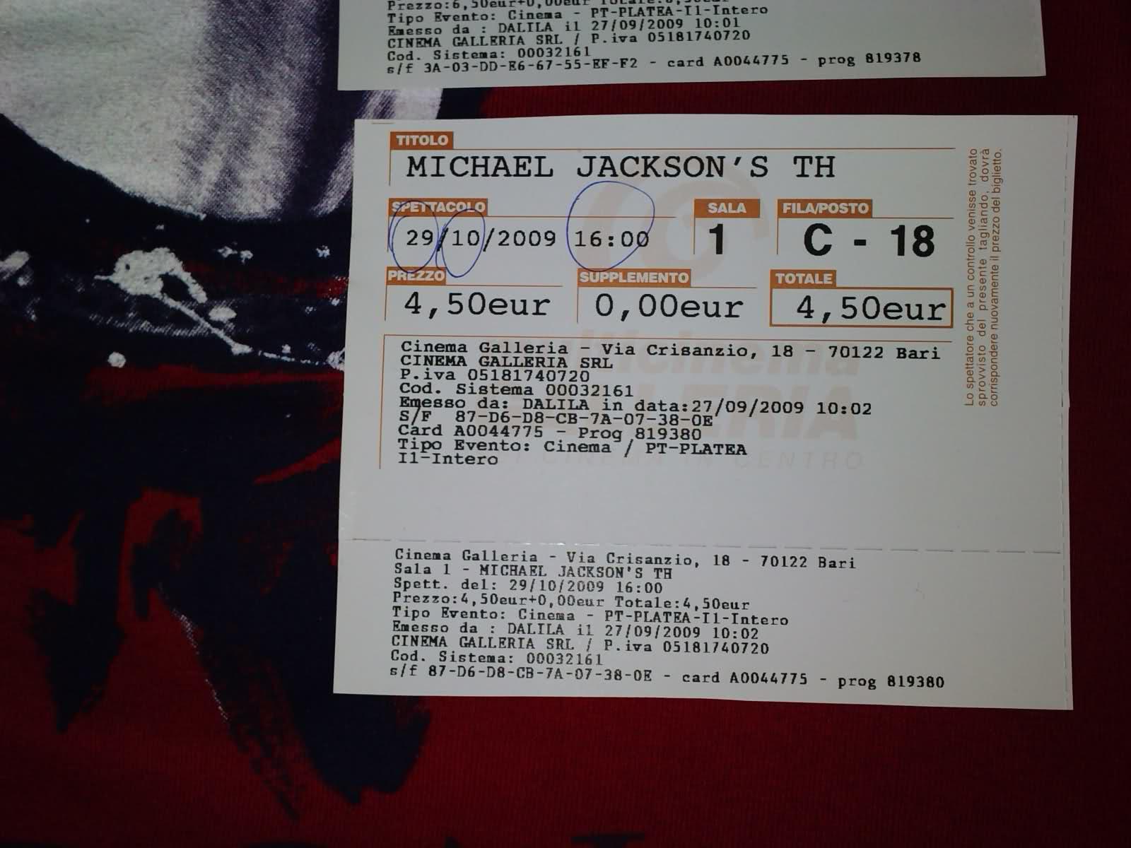 I nostri biglietti per THIS IS IT!!! 25kua2q