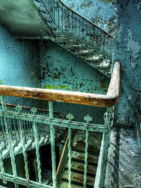 Culto a los lugares abandonados 2q1f3gj