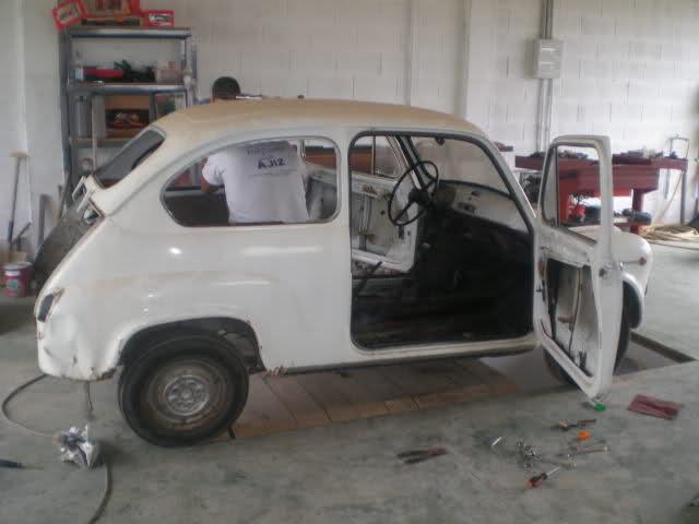 Restauración Seat 600 E 1ª serie. Xmu5xj