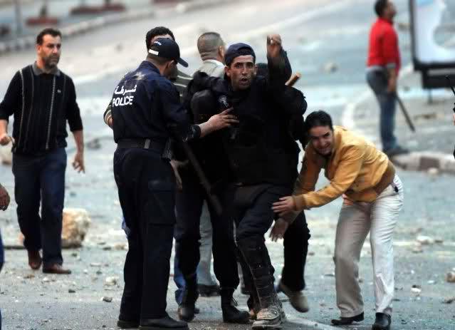 صور الشرطة الجزائرية............... 2d8i8w9