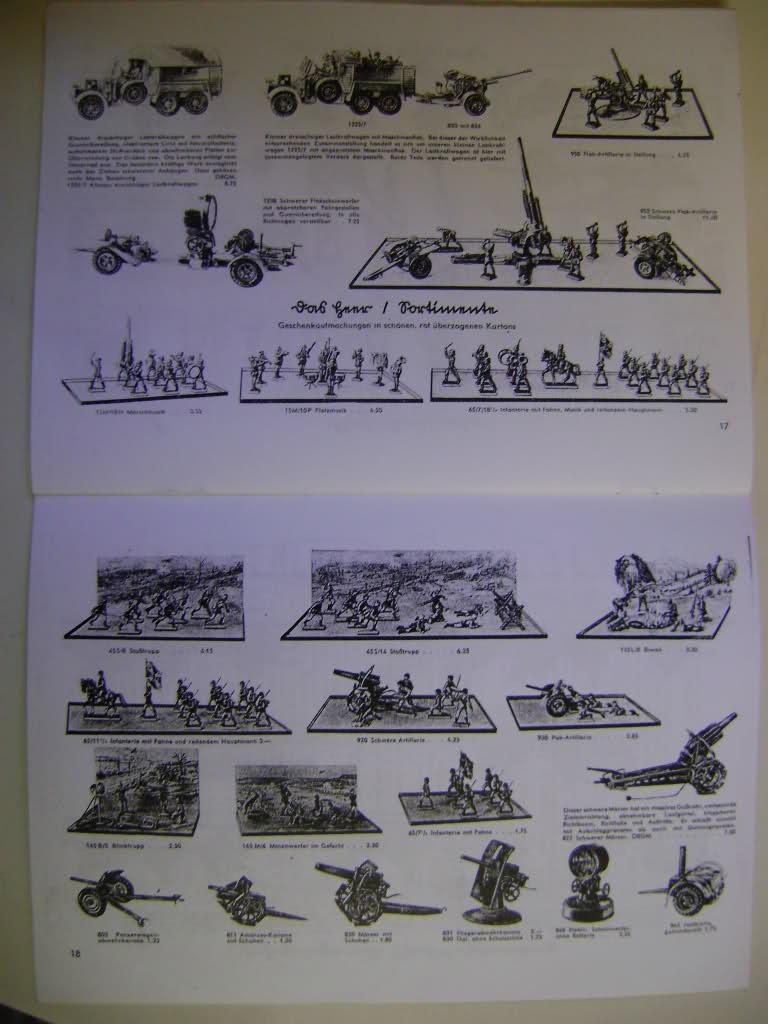 Les figurines anciennes, leurs accessoires et leurs décors. 2yphnno