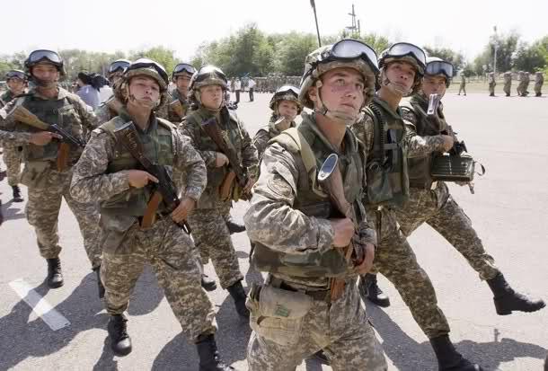 Armées du Kazakhstan  - Page 5 Jtnvif