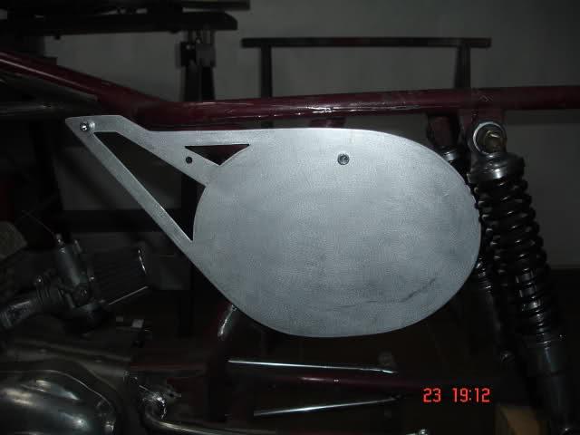 Réplica Ducati 50 de circuito - Página 3 10zx0tv