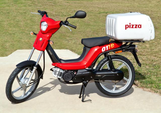 Bye Bike One: Vuelve el ciclomotor automático 116m9ag