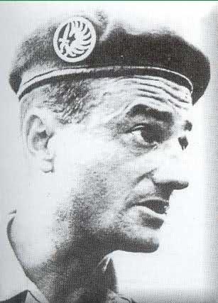 """CABIRO Bernard dit """"Le Cab"""",chef de bataillon 13ynuu"""