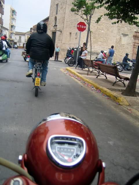 Concentracion 1 motos clasicas en Valencia 153vbpt
