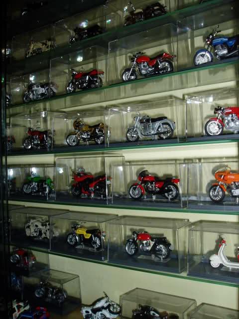 Colección Ducatis a Escala - Página 2 1e5dtw