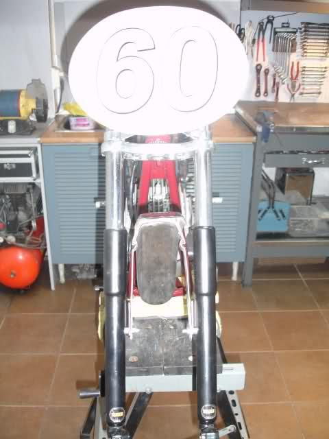 Réplica Ducati 50 de circuito - Página 4 213j3ti