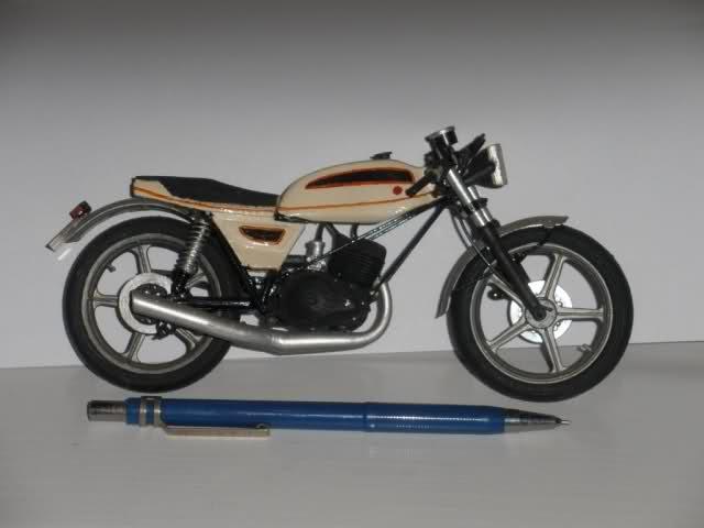 Colección Ducatis a Escala - Página 2 23vhw7a