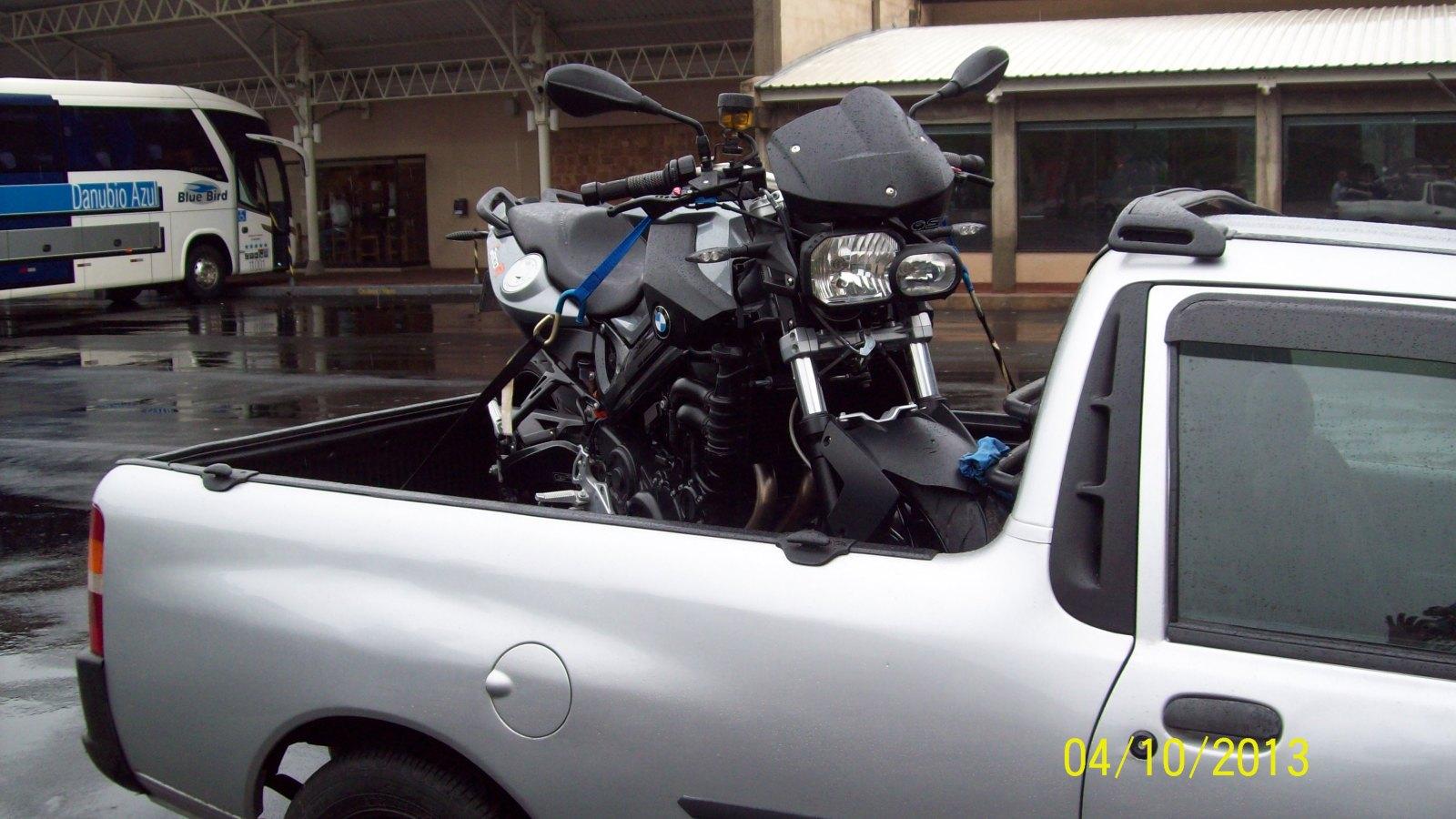 DESVENTURAS EM SÉRIE - CAPITULO DE HOJE: BMW F800R 2012 :-( - Página 3 2cibus8