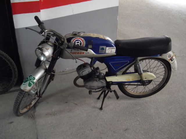 Restauración Ducson S-10 en Barcelona 2hia5i8