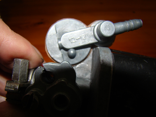 Sustitución boya en carburador 12-12 (Regalo de pepehrcc) 2vuzfh5