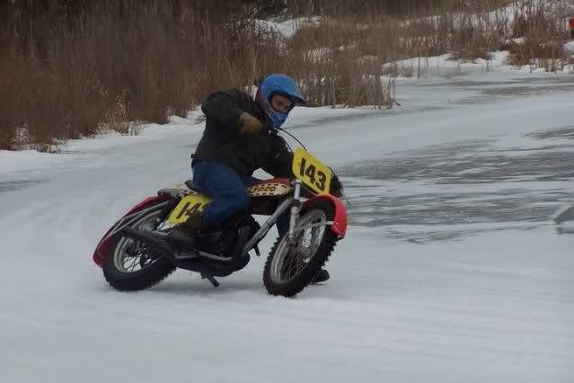 La Bultaco Astro 2yydo9v