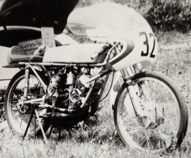 Amoticos de 50 cc GP - Página 3 34xs743