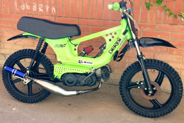 Derbi Variant Cross, empieza la metamorfosis Amtvyb