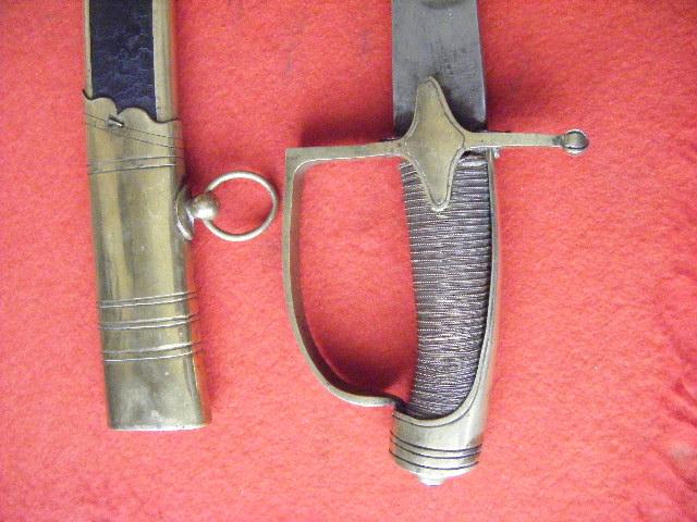 sabre d'officier de chasseurs à cheval du modèle 1790 ou 1792. Bzblc