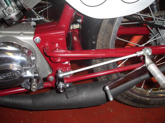 Réplica Ducati 50 de circuito - Página 4 Ejezhk