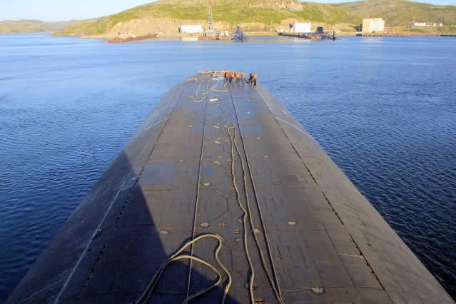 Les sous-marins Typhoon M7q6fq