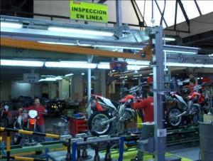 Interior de la fábrica Derbi - Página 4 Qmygb5