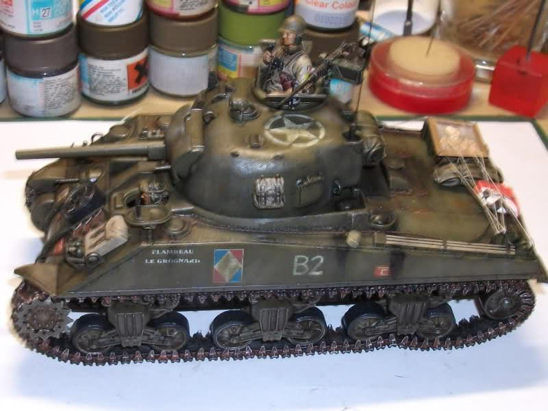 Sherman M4A4 Cyber-hobby 1/35  fini!!!!!!! - Page 8 Rcq1w1