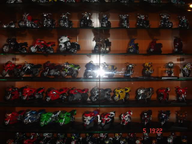 Colección Ducatis a Escala - Página 2 Rwmplt