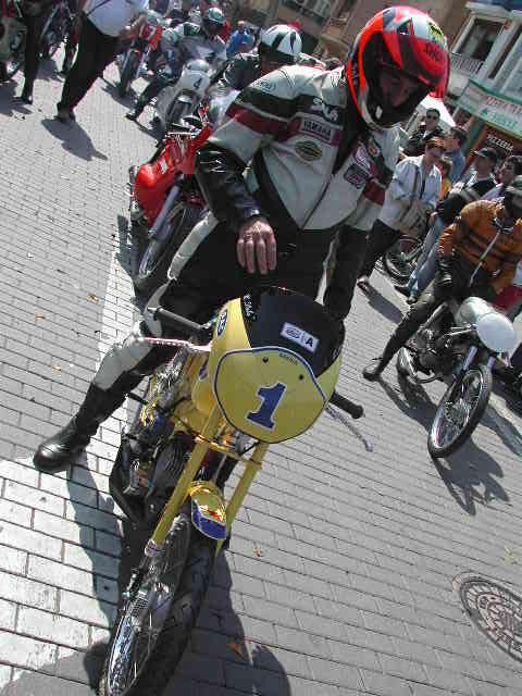 Exhibición de motos clásicas de competición en Beniopa (Valencia) S3zzsz