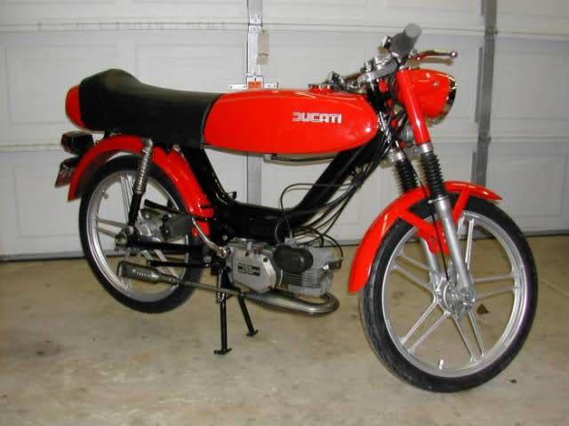 Que cantidad de ciclomotores Ducati juntos Smszf8