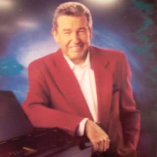 Floyd Cramer - Discography (85 Albums = 87CD's) U8u9g