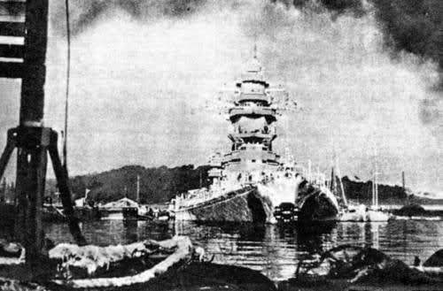 Le sabordage de la Flotte à Toulon (83) 27/11/1942 10cjgjs