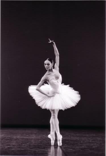 Corps du ballet de l'opéra de Paris (CORYPHÉES) 10xc4qo