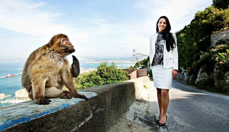 Kaiane Aldorino - Miss World 2009- Official Thread (Gibraltar) - Page 4 14wey48