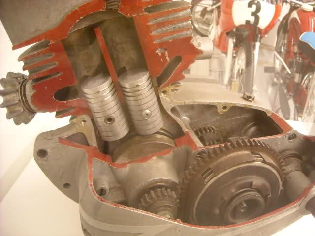Visita al Museo de la Moto Barcelona - Página 2 205cjzq