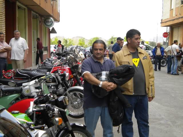 Concentracion 1 motos clasicas en Valencia 2afcvw9
