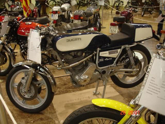 Expoció Motos Classiques ciudad de Carlet 2wn3c5x