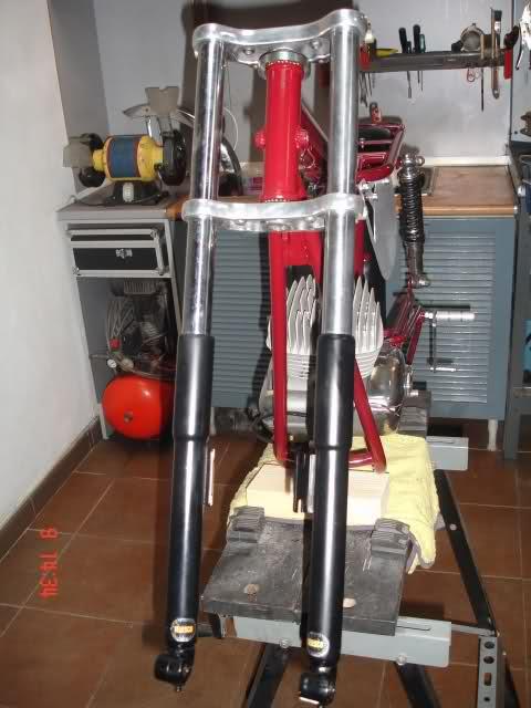 Réplica Ducati 50 de circuito - Página 3 2zgri0y
