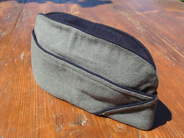 Les bonnets de police - Page 3 30mlixz