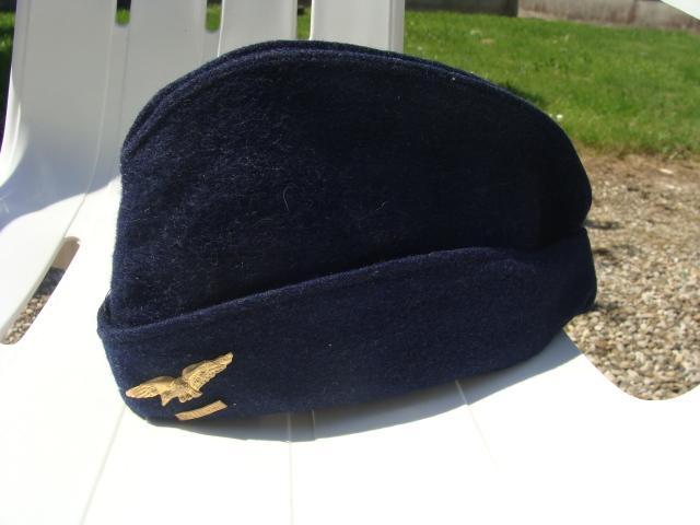 Les bonnets de police - Page 3 30uwgar
