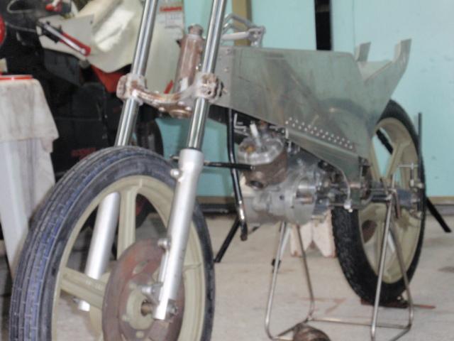 Amoticos de 50 cc GP - Página 3 6gcy6u