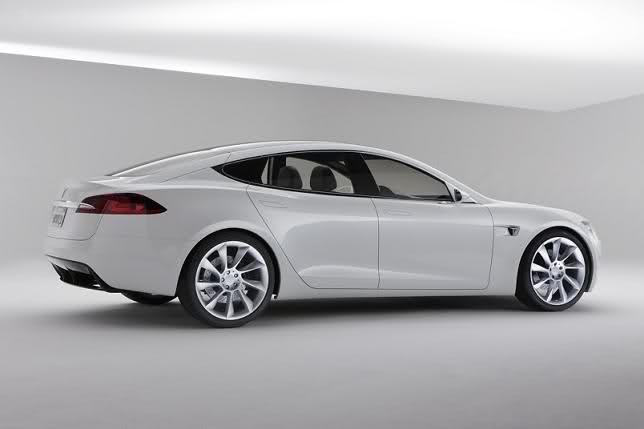 2009 - [Tesla] Model S Sedan Indbah