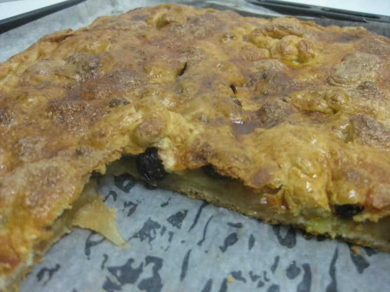 historia de una empanada de manzana (gallega) Qn8my0