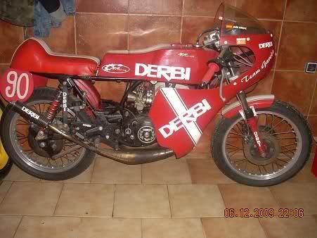 Derbi 2002 de competición Qy5vl3