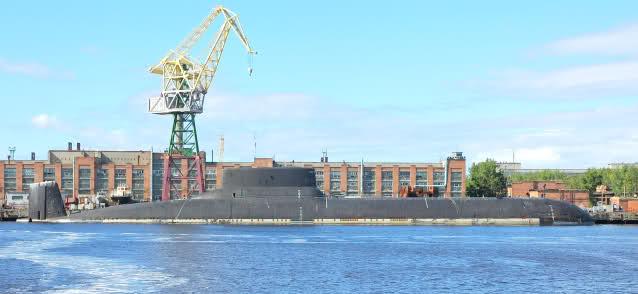 """Horlogerie à l'effigie des sous-marins """"Typhoon"""" Qzkme9"""