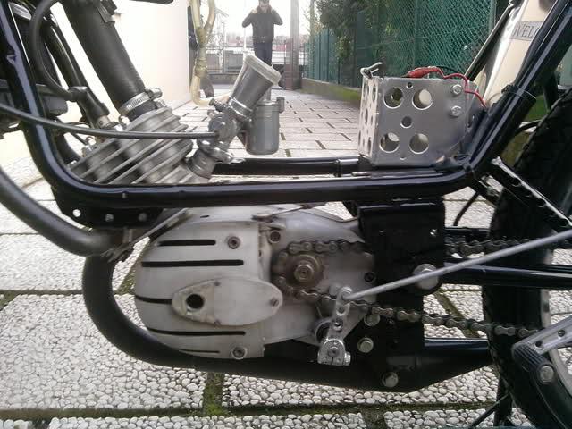 Ayuda identificar ciclomotor ¿Ducati? Uocgz