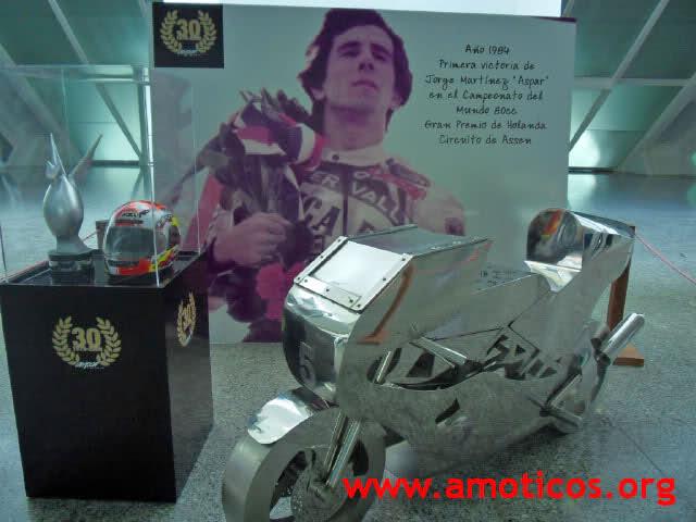 Exposición 30 Aniversario de Aspar 11kf2mw