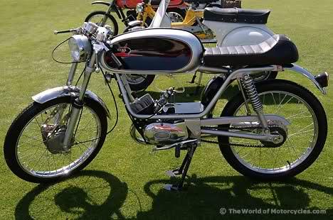 Ayuda identificar ciclomotor ¿Ducati? 141jecj