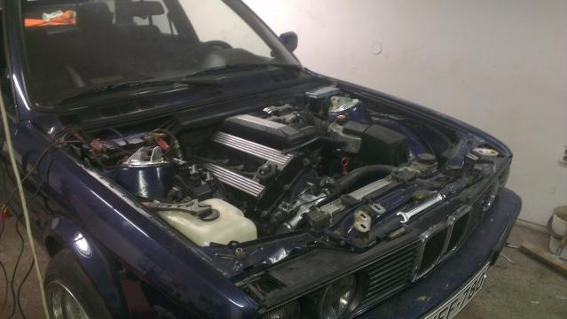 Bmw E30 318is & 1502 turboshit 15wxc8n