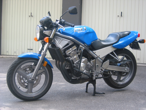 A pedido doy mi opinión respecto a mi Honda CB400N 1628uon